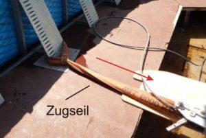 aquaburg-aktuelles-extremtest-extrembelastung-deckel-mit-Gurt