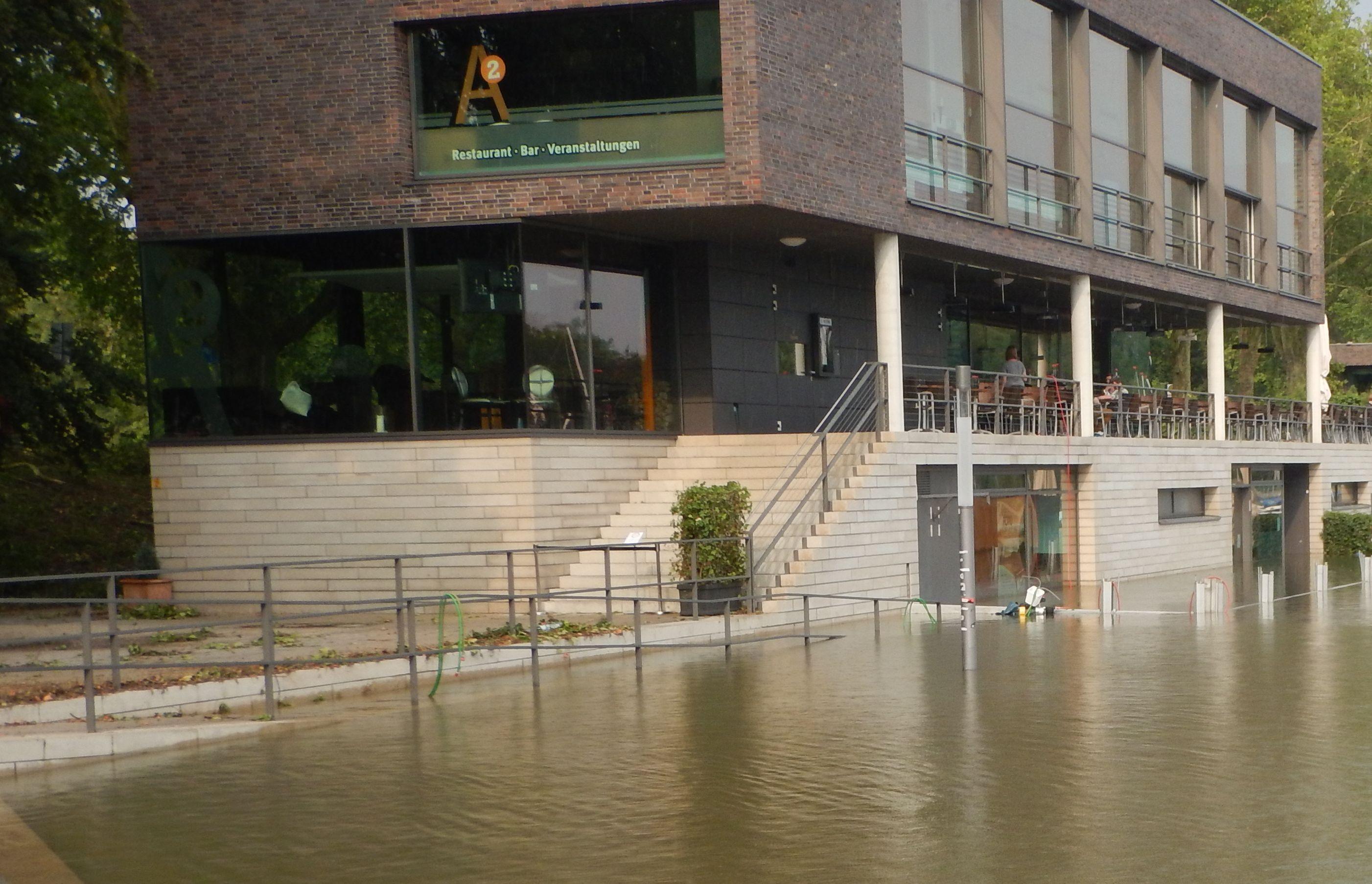 Starkregen 2014 in Münster,  Hochwasser, das Dammbaklensystem ist überflutet worden