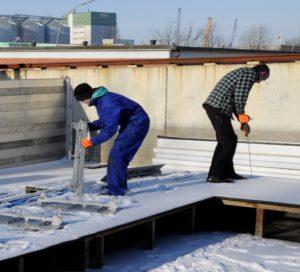 aquaburg-aktuelles-extremtest-extrembelastung-aufbau-winter-deckel-auf