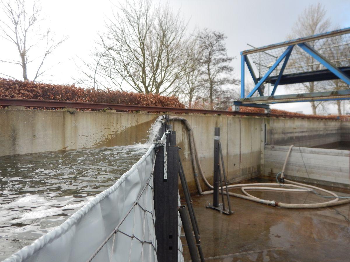 fluten des AquaVerschlusses in der Verschuchsanlage der TUHH