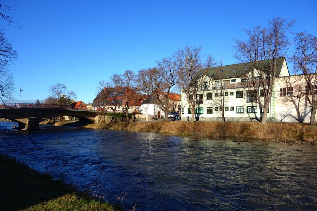 Bild: die Freiberger Mulde in Roßwein