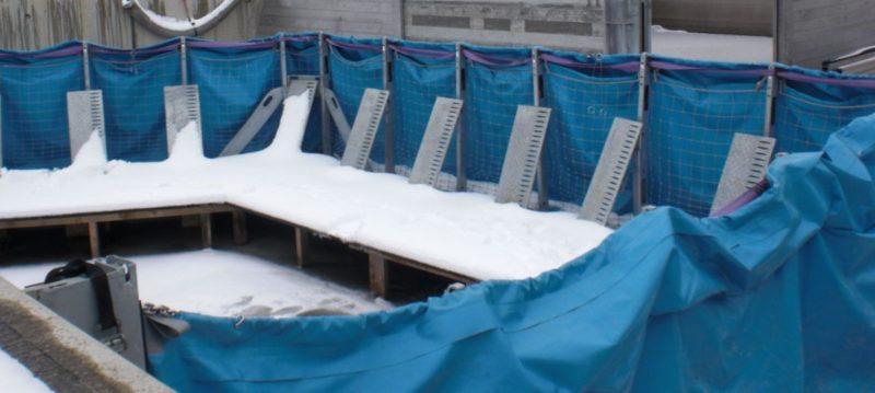 Aquaburg die AquaWand im Winter aufgebaut